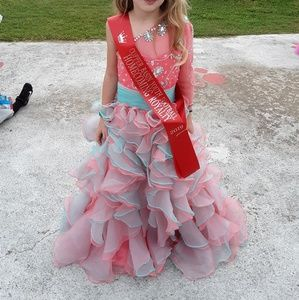Other - Beautiful pageant dress